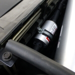 Einer von 2 Gasfiltern. Das Gas geht in einer 8 mm Leitung vom Tank nach vorne an die Verdamper, gasförmig über 12 mm Leitungen an die Rails